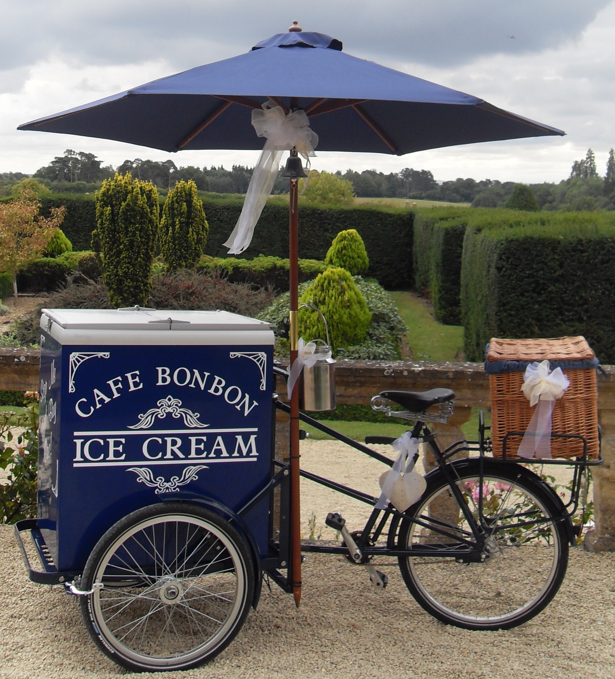 Cafe Bon Bon Ice Cream Amp Pimm S Tricycles Catering